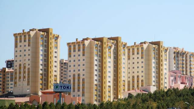 TOKİ'nin emeklilere 300 TL taksitle ev satışları başlıyor!