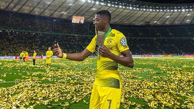 Dortmund Dembele'den haber alamıyor