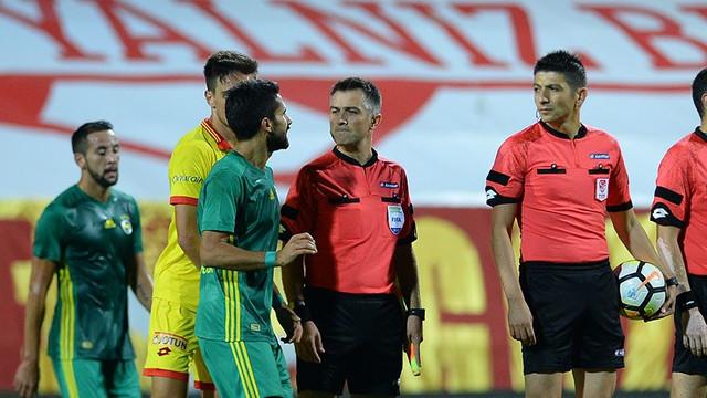 Alper Potuk'tan maç sonu penaltı isyanı
