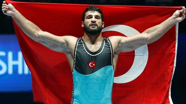Metehan Başar 'Dünya Şampiyonu' oldu