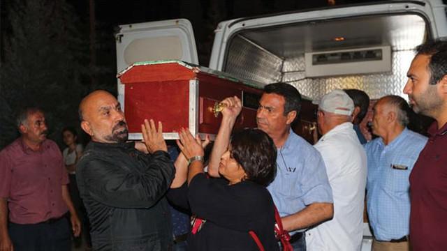 HDP'li Tuğluk'un annesinin cenazesine saldırı !