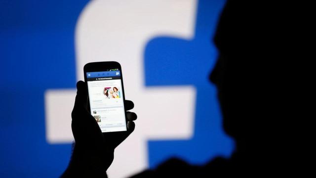 Facebook'ta çevrimdışı video dönemi başlıyor