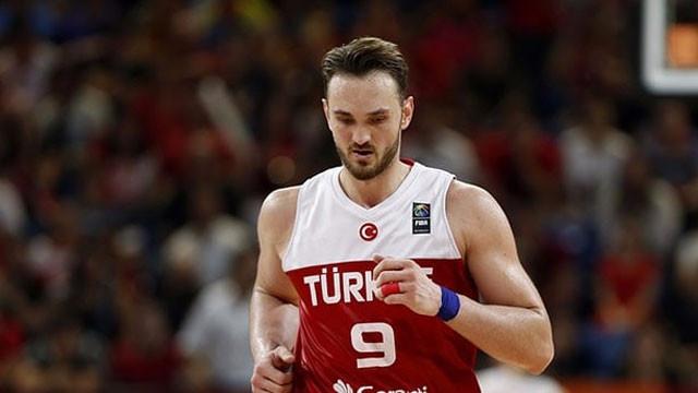Beşiktaş'tan Semih Erden'e 1+1 yıllık teklif