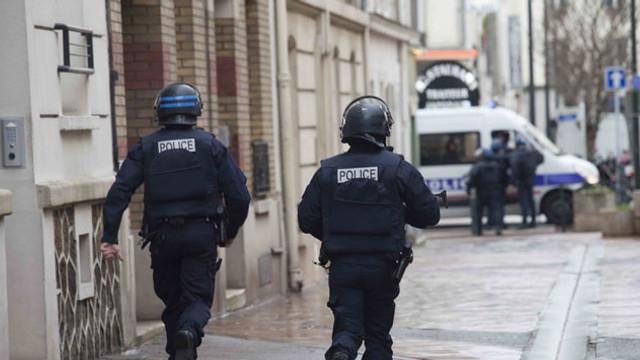 Fransa'da ABD'li turistlere saldırı !