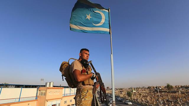Türkmenler silahlanıyor
