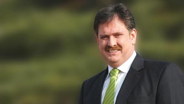 AK Parti'de sürpriz istifa ! O isim görevinden ayrıldı