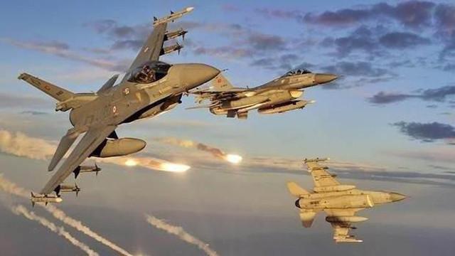 TSK'dan hava harekatı: 3 terörist ölü
