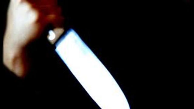 Hamile eşini bıçakla öldürdü !