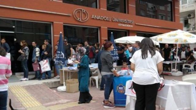 Açıköğretim ''ikinci üniversite'' kayıtları uzatıldı