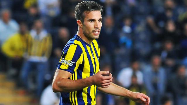 Persie'nin maaşı Fenerbahçe'den !