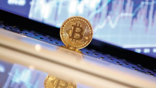 Bitcoin 24 saatte eridi !
