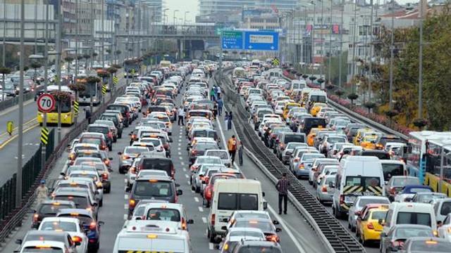 Otomobil kullanmanın yıllık maliyeti belli oldu