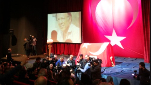 Münir Özkul'a veda töreni