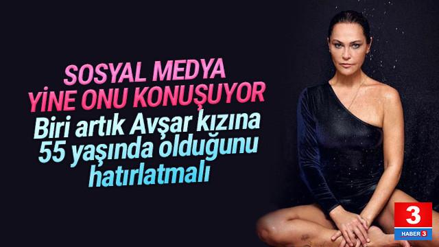 Hülya Avşar'dan üst üste cesur fotoğraflar