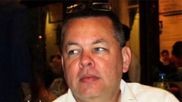 Rahip Brunson davasında karar verildi, papaz ABD'ye uçtu