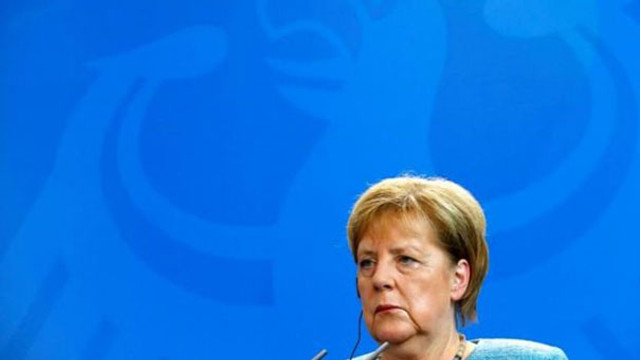 Merkel'e soğuk duş ! 56 yıl sonra ilk kez...