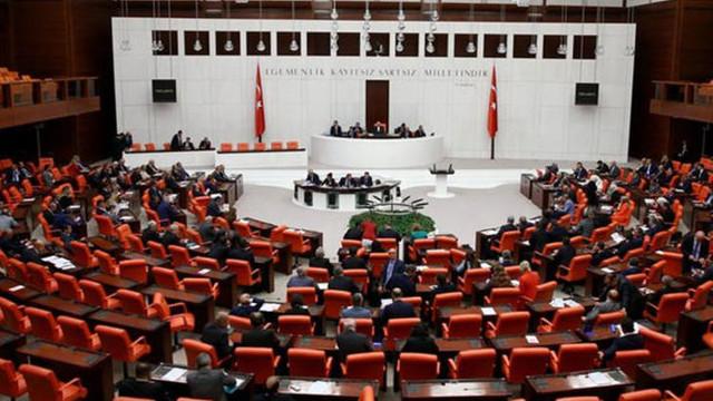 Meclis'te kabul edidi ! Türk askeri 1 yıl daha Lübnan'da