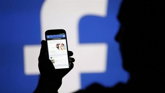 Facebook'ta büyük şok ! Satışa çıkardılar...