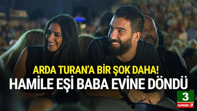 Arda Turan'a şok: Aslıhan Doğan baba evine döndü !