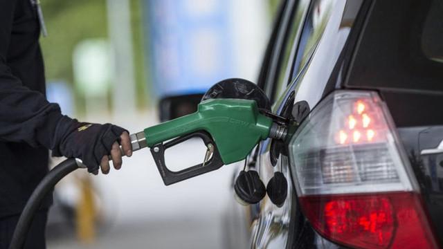 Benzine bir indirim daha ! Fiyatlara yansıyacak mı ?