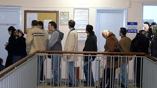 İşsizlik maaşına 1 milyon 200 bin başvuru