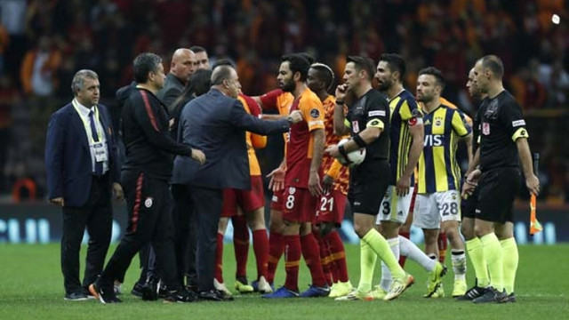 Galatasaray'a ve Fatih Terim'e bir şok daha!