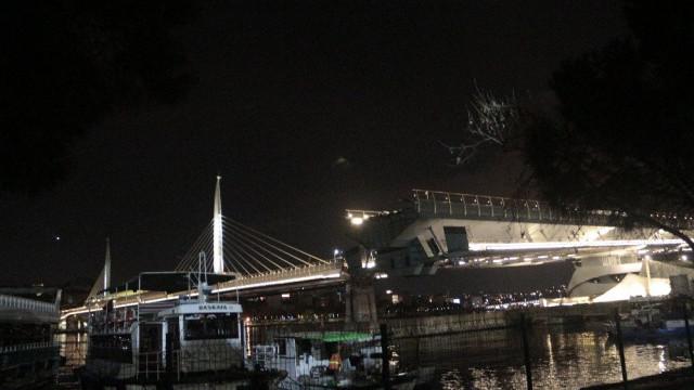 Haliç'teki 3 köprü kapatıldı