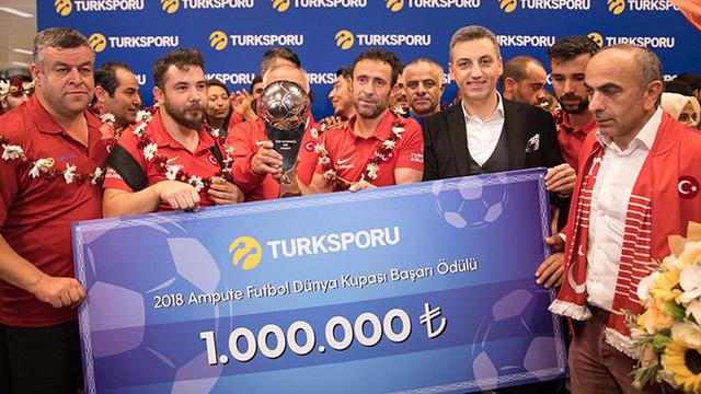 Turkcell'den Ampute Futbol Milli Takımı'na 1 milyon TL ödül