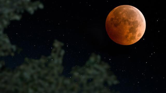 Süper Ay ve Ay Tutulması geliyor ! Türkiye'den de izlenebilecek