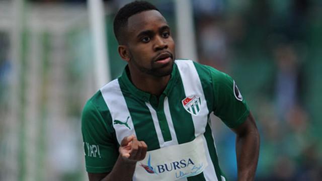 Cedric Bakambu Bursaspor ile bağını koparmıyor