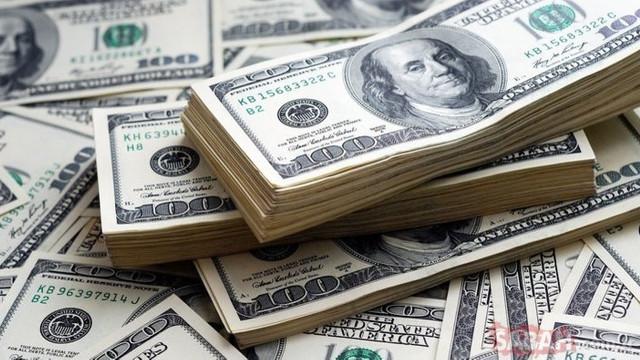 Dolar ve euro kritik seviyeyi aştı