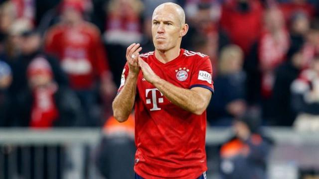 Arjen Robben'in Bayern Münih'ten ayrıldıktan sonra Hollanda'ya döneceği belirtildi!
