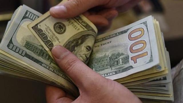 Analistler dolar beklentisini düşürdü