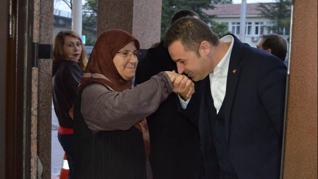 CHP Balıkesir adayı Akın: Şehit yakınları ve gaziler için birim kuracağız''