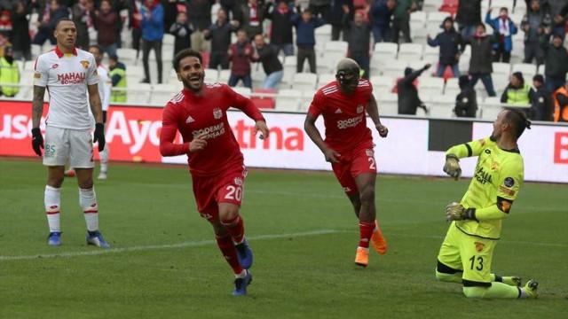 Demir Grup Sivasspor 2 - 0 Göztepe (Maç özeti)