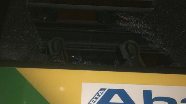 Konyaspor otobüsüne Trabzon'da taşlı saldırı