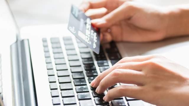 İnternetten aldığınız ürün ''sahte'' çıkarsa parasını banka ödüyor