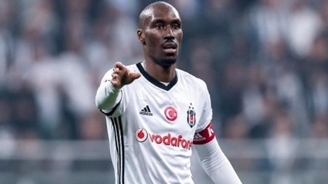 Beşiktaş'ta karar verildi ! Atiba Hutchinson...