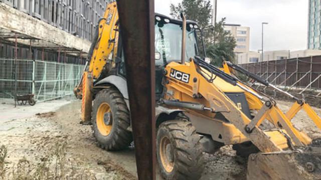 Atatürk Kültür Merkezi'nde yıkım çalışmaları başladı