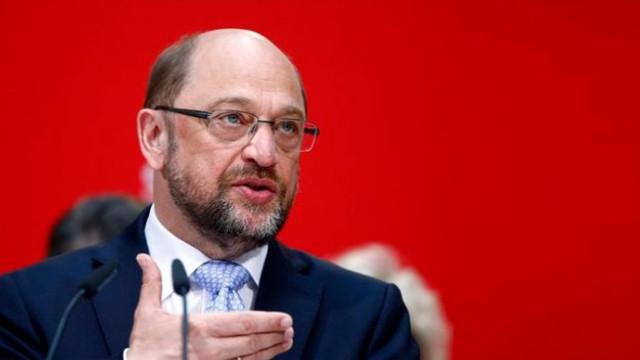 Almanya'da kritik istifa ! O isim görevinden ayrıldı