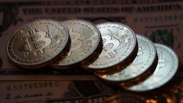 2018 Bitcoin'e yaramadı ! Resmen çakıldı