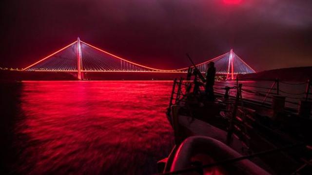 ABD donanmasının İstanbul paylaşımı olay oldu