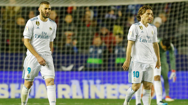 Real Madrid dökülüyor !