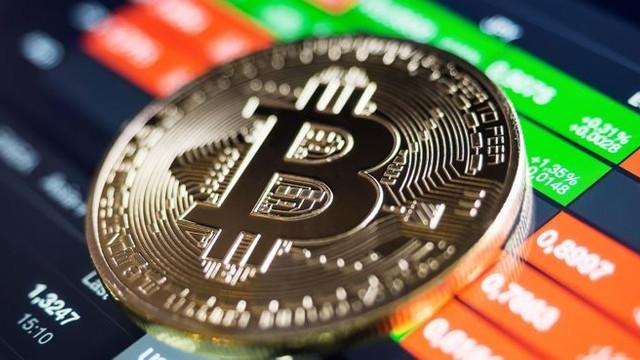 Bitcoin'e darbe üstüne darbe