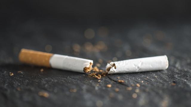 Sigara paketlerine 'tek tip' uygulaması başlıyor