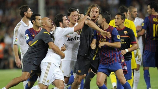 Mesut Özil'den şok sözler: Korkak köpek...