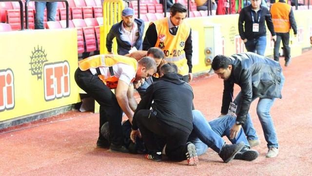 Maç sırasında şok ! Kalp krizi geçirdi...