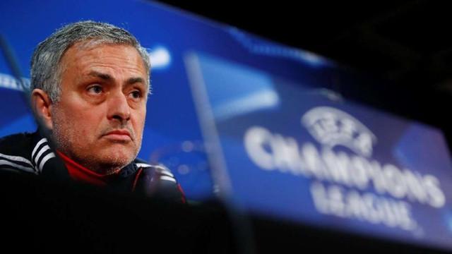 Mourinho'dan eski Galatasaraylıya: Tarihin en kötüsü