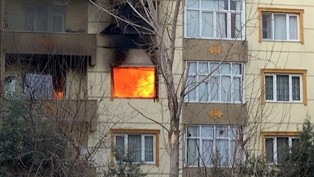 Ev sahibi kirayı isteyince ateşe verdi !