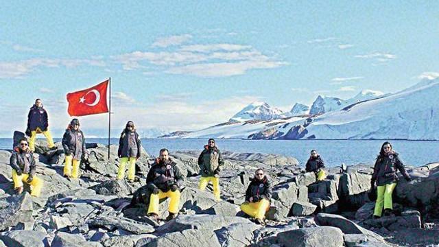 Türk bilim insanlarından Antraktika çıkarması